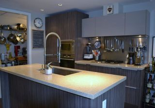 Photo 5: 1661 Ontario Street in Vancouver: False Creek Condo for rent (Vancouver West)