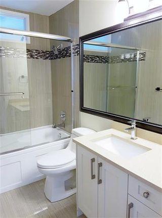 Photo 8: Coquitlam: Condo for sale : MLS®# R2082085