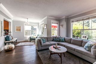 Photo 4: 1 920 TOBRUCK AVENUE in North Vancouver: Hamilton Townhouse for sale : MLS®# R2104881