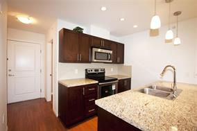 Photo 4: 305 5000 IMPERIAL Street in Burnaby: Metrotown Condo for sale (Burnaby South)  : MLS®# R2092710