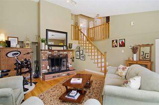 Photo 3: 11881 Cherrington Place in Maple Ridge: West Central House for sale : MLS®# R2062718