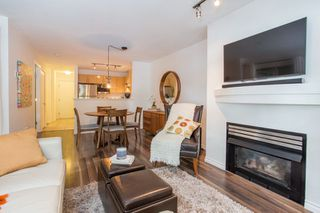 Photo 3: 208 3083 W 4TH AVENUE in Vancouver: Kitsilano Condo for sale (Vancouver West)  : MLS®# R2302336