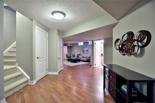 Photo 3: 493 Spruce Needle Crt in : 1018 - WC Wedgewood Creek FRH for sale (Oakville)  : MLS®# 30558014