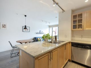 Photo 11: 210 2150 E HASTINGS STREET in Vancouver: Hastings Condo for sale (Vancouver East)  : MLS®# R2345358