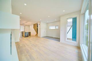 Photo 3: 9278 77 Street in Edmonton: Zone 18 House for sale : MLS®# E4173172