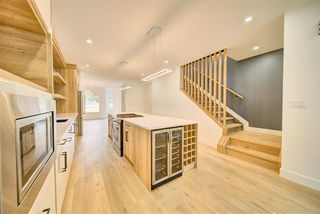 Photo 5: 9278 77 Street in Edmonton: Zone 18 House for sale : MLS®# E4173172