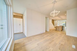Photo 12: 9278 77 Street in Edmonton: Zone 18 House for sale : MLS®# E4173172