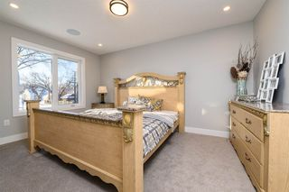 Photo 18: 9656 81 Ave in Edmonton: Zone 17 House for sale : MLS®# E4180582