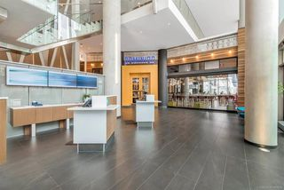 "Photo 4: 4109 13495 CENTRAL Avenue in Surrey: Whalley Condo for sale in ""3 Civic Plaza"" (North Surrey)  : MLS®# R2438260"