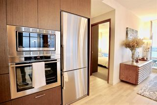 "Photo 7: 4109 13495 CENTRAL Avenue in Surrey: Whalley Condo for sale in ""3 Civic Plaza"" (North Surrey)  : MLS®# R2438260"