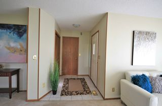 Photo 2: 1047 Marchand Road in Ritchot Rm: R07 Residential for sale : MLS®# 202011904