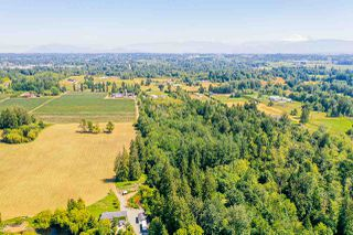 Photo 2: 2757 256 Street in Langley: Aldergrove Langley House for sale : MLS®# R2480649