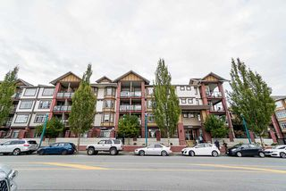Photo 2: 132 5660 201A Street in Langley: Langley City Condo for sale : MLS®# R2502123
