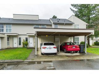 """Photo 3: 25 3030 TRETHEWEY Street in Abbotsford: Abbotsford West Townhouse for sale in """"Clearbrook Village"""" : MLS®# R2519783"""