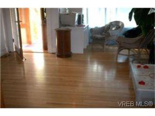 Photo 3: 914 Inskip Street in VICTORIA: Es Kinsmen Park Single Family Detached for sale (Esquimalt)  : MLS®# 186505
