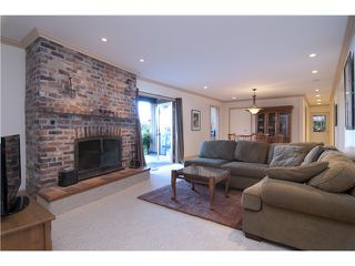 """Photo 11: 440 TIMBERTOP Drive: Lions Bay House for sale in """"LIONS BAY"""" (West Vancouver)  : MLS®# V939444"""