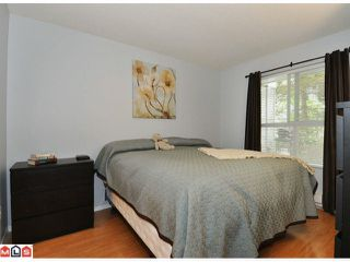 """Photo 6: 105 10186 155TH Street in Surrey: Guildford Condo for sale in """"SOMMERSET"""" (North Surrey)  : MLS®# F1210204"""