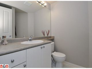 """Photo 7: 105 10186 155TH Street in Surrey: Guildford Condo for sale in """"SOMMERSET"""" (North Surrey)  : MLS®# F1210204"""