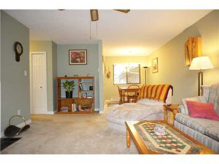 "Photo 3: 11724 KINGSBRIDGE Drive in Richmond: Ironwood Townhouse for sale in ""KINGSWOOD DOWNES"" : MLS®# V947673"