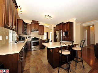Photo 2: 35506 ALLISON CT in Abbotsford: Abbotsford East House for sale