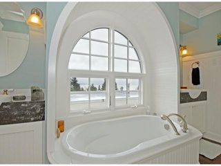 "Photo 13: 987 PARKER Street: White Rock House for sale in ""White Rock Hillside"" (South Surrey White Rock)  : MLS®# F1303267"