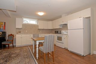 "Photo 17: 987 PARKER Street: White Rock House for sale in ""White Rock Hillside"" (South Surrey White Rock)  : MLS®# F1303267"