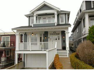 "Photo 1: 987 PARKER Street: White Rock House for sale in ""White Rock Hillside"" (South Surrey White Rock)  : MLS®# F1303267"
