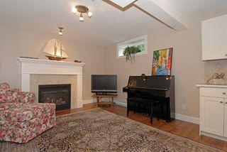 "Photo 16: 987 PARKER Street: White Rock House for sale in ""White Rock Hillside"" (South Surrey White Rock)  : MLS®# F1303267"