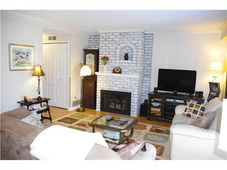 "Photo 3: 3 10771 MORTFIELD Road in Richmond: South Arm Townhouse for sale in ""CHELSEA PLACE"" : MLS®# V997772"