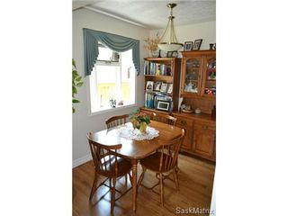 Photo 8: 1624 Sommerfeld Avenue in Saskatoon: Holliston Single Family Dwelling for sale (Saskatoon Area 02)  : MLS®# 504611
