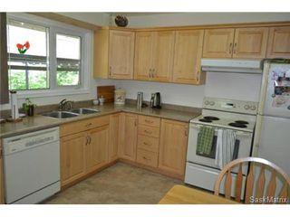 Photo 3: 1624 Sommerfeld Avenue in Saskatoon: Holliston Single Family Dwelling for sale (Saskatoon Area 02)  : MLS®# 504611