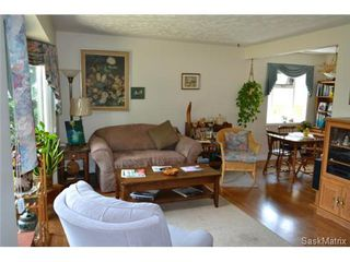 Photo 7: 1624 Sommerfeld Avenue in Saskatoon: Holliston Single Family Dwelling for sale (Saskatoon Area 02)  : MLS®# 504611