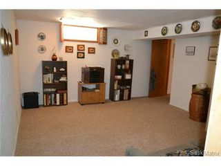 Photo 11: 1624 Sommerfeld Avenue in Saskatoon: Holliston Single Family Dwelling for sale (Saskatoon Area 02)  : MLS®# 504611