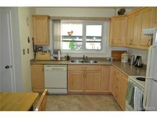 Photo 4: 1624 Sommerfeld Avenue in Saskatoon: Holliston Single Family Dwelling for sale (Saskatoon Area 02)  : MLS®# 504611