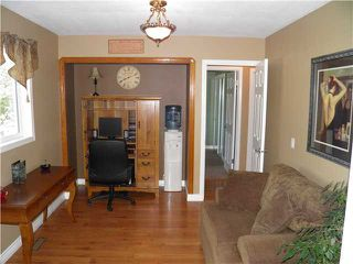 Photo 8: 56 Cambridge Glen Drive: Strathmore Residential Detached Single Family for sale : MLS®# C3624162