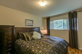 Photo 11: 5 BEDROOM UPDATED HOME ON 1/4 ACRE LOT IN PRIME PORT COQUITLAM LOCATION
