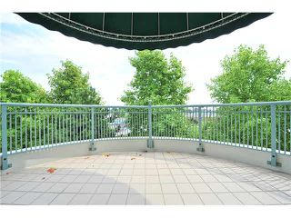 """Photo 8: 412 1785 MARTIN Drive in Surrey: Sunnyside Park Surrey Condo for sale in """"SOUTHWYND"""" (South Surrey White Rock)  : MLS®# F1419891"""