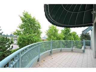 "Photo 9: 412 1785 MARTIN Drive in Surrey: Sunnyside Park Surrey Condo for sale in ""SOUTHWYND"" (South Surrey White Rock)  : MLS®# F1419891"