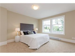 Photo 11: A 7886 Wallace Dr in SAANICHTON: CS Saanichton Half Duplex for sale (Central Saanich)  : MLS®# 679924