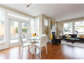 Photo 7: A 7886 Wallace Dr in SAANICHTON: CS Saanichton Half Duplex for sale (Central Saanich)  : MLS®# 679924