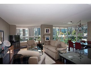 Photo 2: # 303 717 JERVIS ST in Vancouver: West End VW Condo for sale (Vancouver West)  : MLS®# V1075876