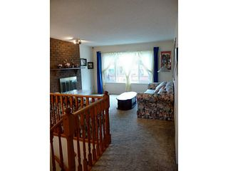 Photo 2: 9828 149A ST in Surrey: Fleetwood Tynehead House for sale