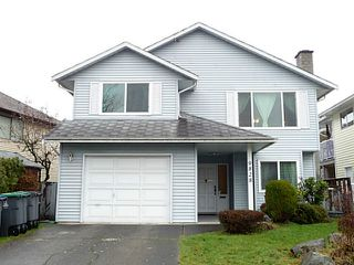 Photo 1: 9828 149A ST in Surrey: Fleetwood Tynehead House for sale