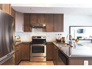 Photo 2: 206 827 RODERICK AVENUE in Coquitlam: Coquitlam West Condo for sale : MLS®# V1110132
