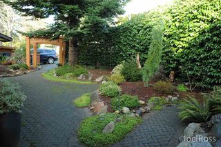 Photo 10: 12906 MARINE DRIVE in Surrey: Crescent Bch Ocean Pk. House for sale (South Surrey White Rock)  : MLS®# R2026786