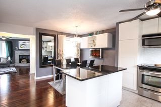 Photo 12: 337 Edelweiss Crescent in Winnipeg: Single Family Attached for sale : MLS®# 1527759