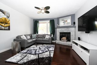 Photo 5: 337 Edelweiss Crescent in Winnipeg: Single Family Attached for sale : MLS®# 1527759