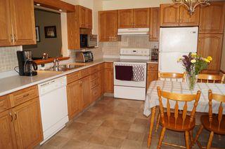 Photo 8: 163 Larche Avenue in Winnipeg: Single Family Detached for sale (Transcona)  : MLS®# 1605930