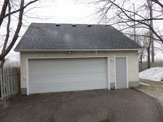 Photo 2: 163 Larche Avenue in Winnipeg: Single Family Detached for sale (Transcona)  : MLS®# 1605930