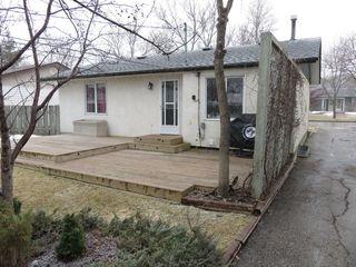 Photo 4: 163 Larche Avenue in Winnipeg: Single Family Detached for sale (Transcona)  : MLS®# 1605930